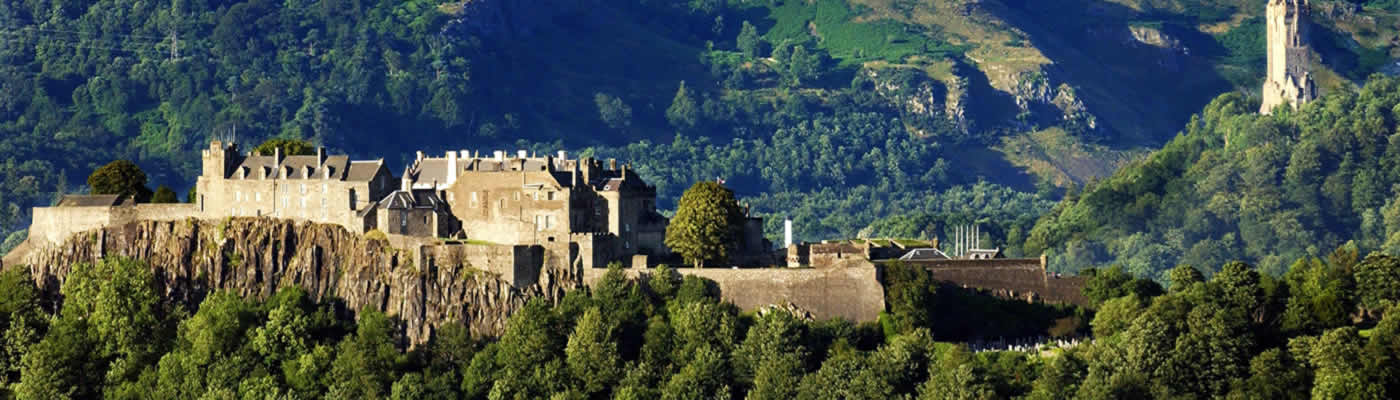 Loch Lomond Park & Stirling Castle Day Tour