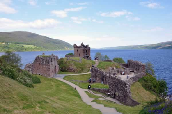 flick lochness urquhart castle1
