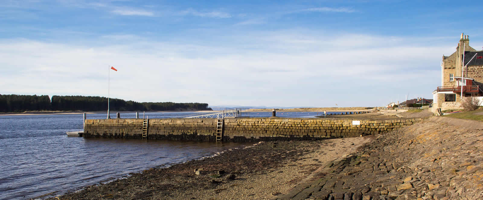 Guide to Findhorn in Moray