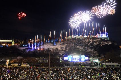 photos of edinburgh hogmanay in 2012.